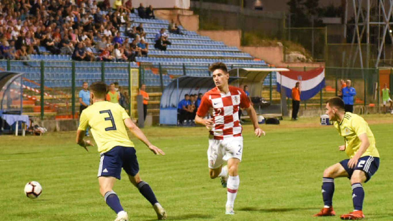 Poraz U-21 nogometaša