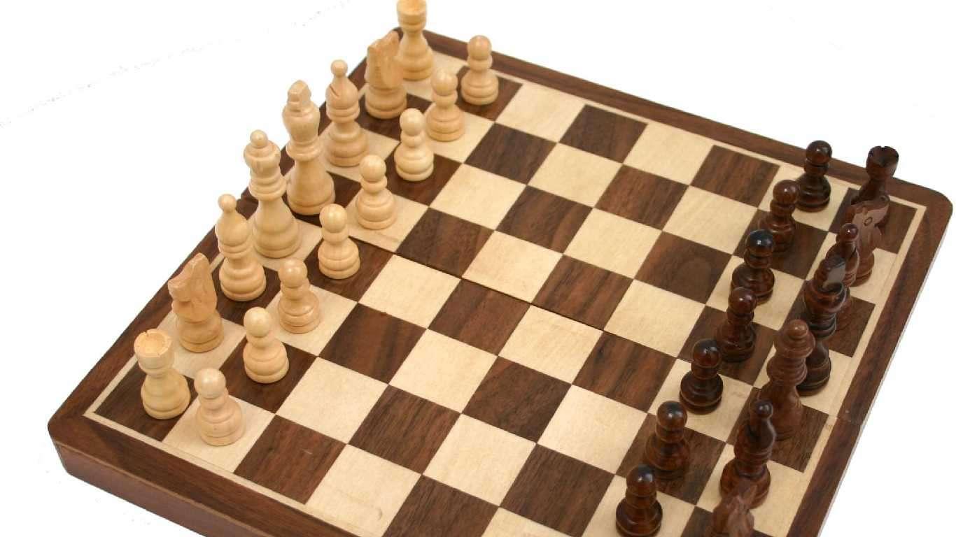 Šah: Šarić u vodstvu
