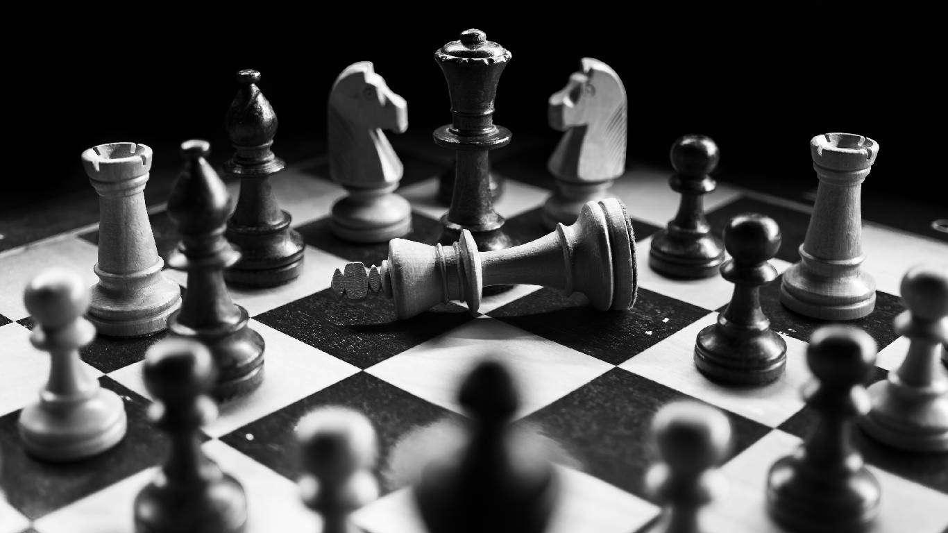 Šah: Grandelius vodi