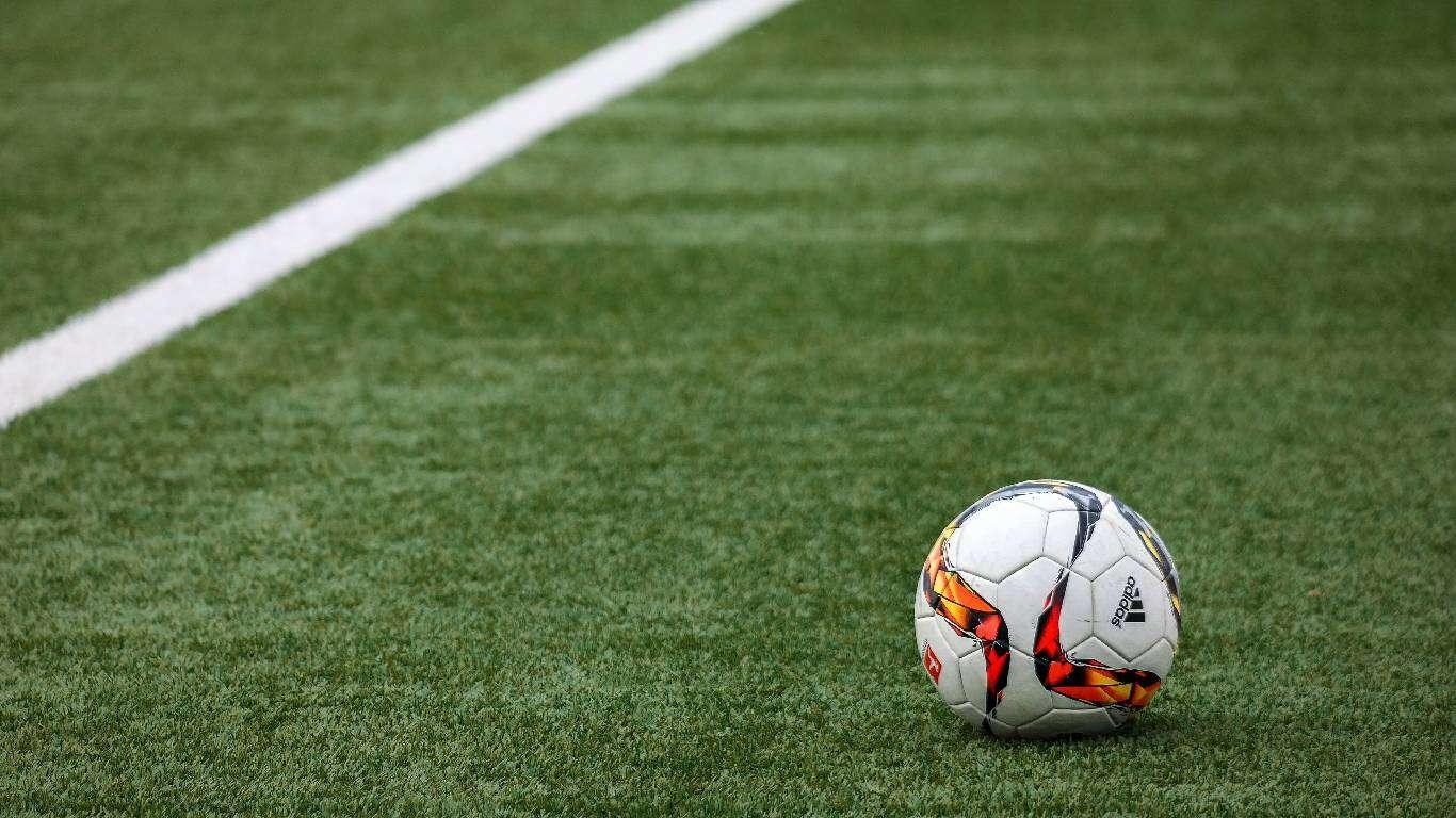 UEFA kaznila Srbiju