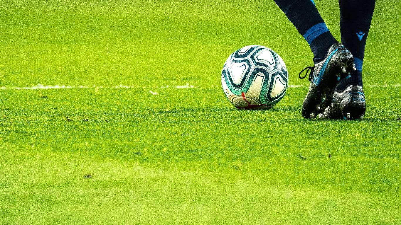 Nogomet i u Tadžikistanu