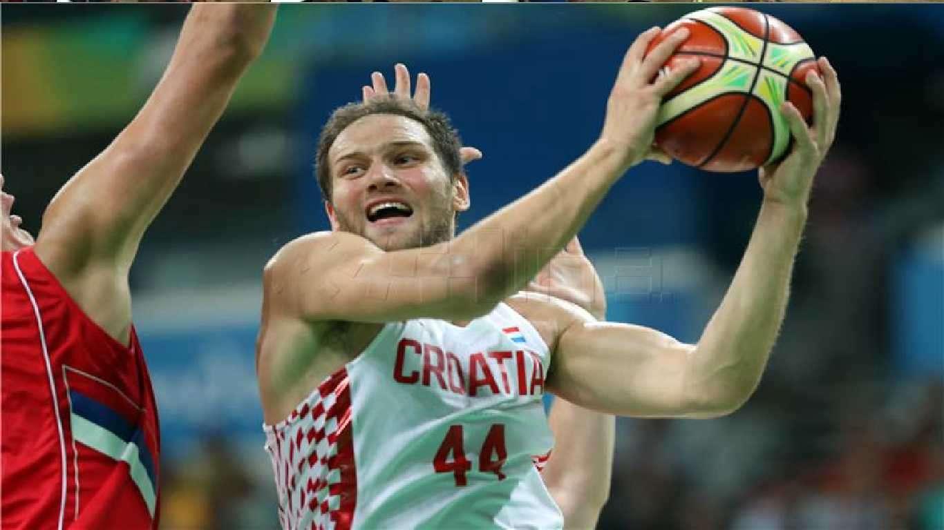 Košarkaši svladali Italiju