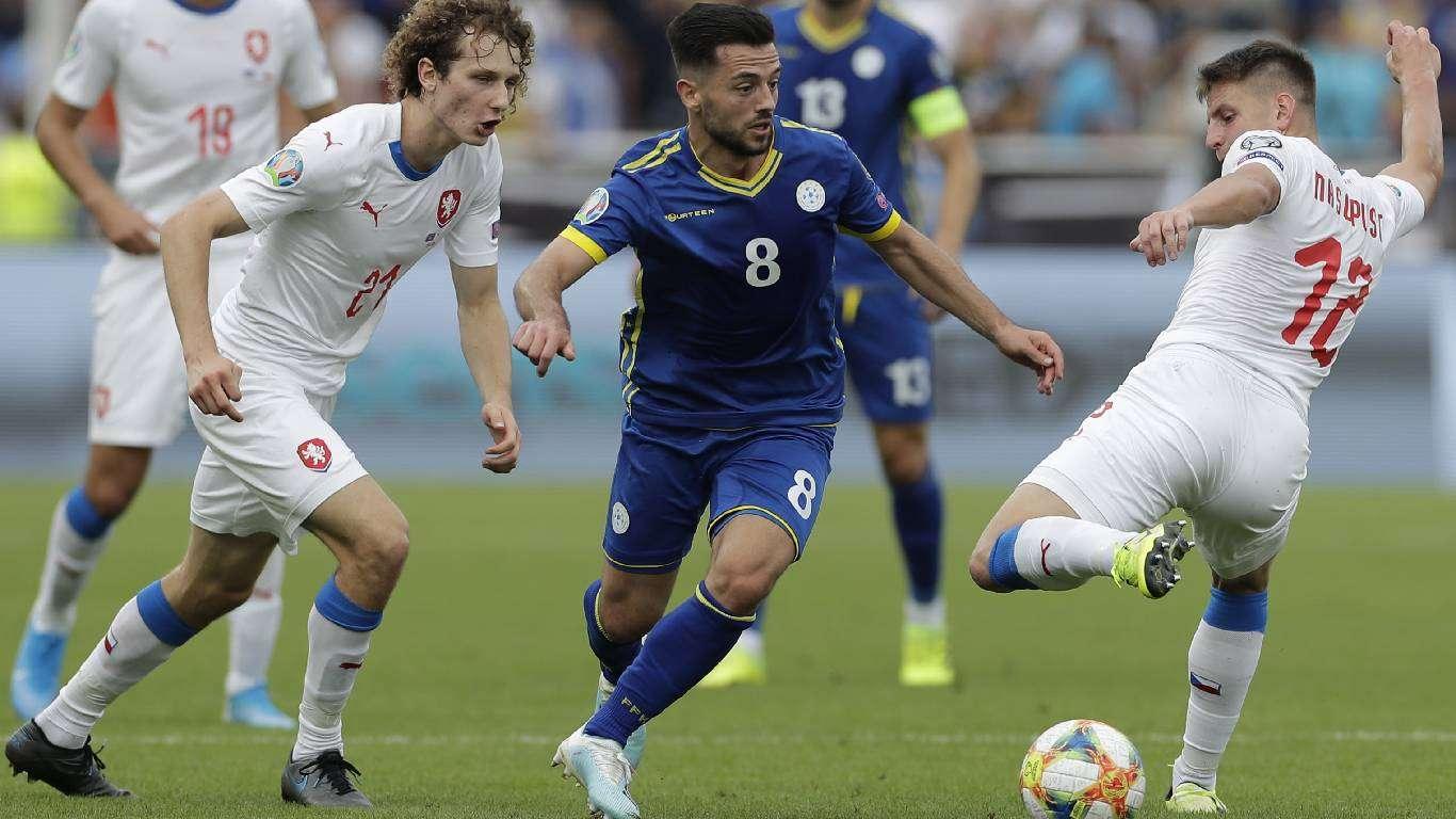 Kosovo - Češka 2:1