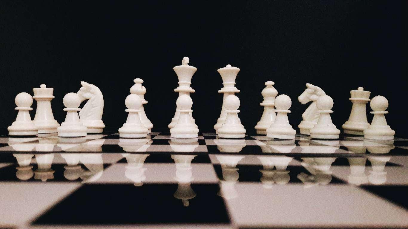 Carlsen uvjerljiv
