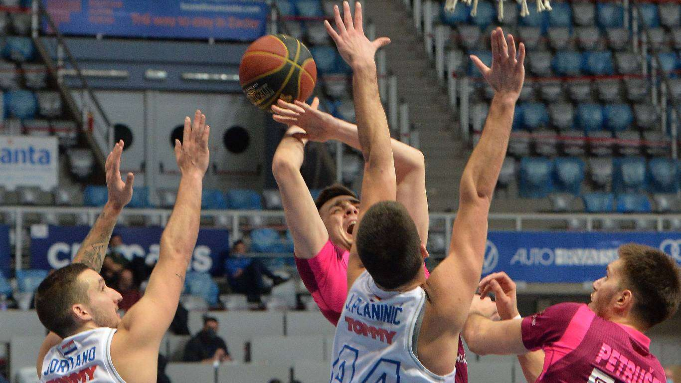 Zadar izgubio od Mege