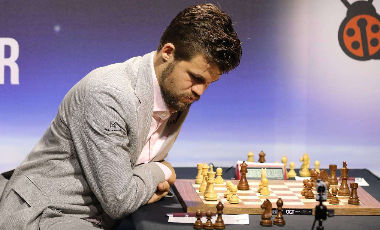 Carlsen dobio Nepomniačija