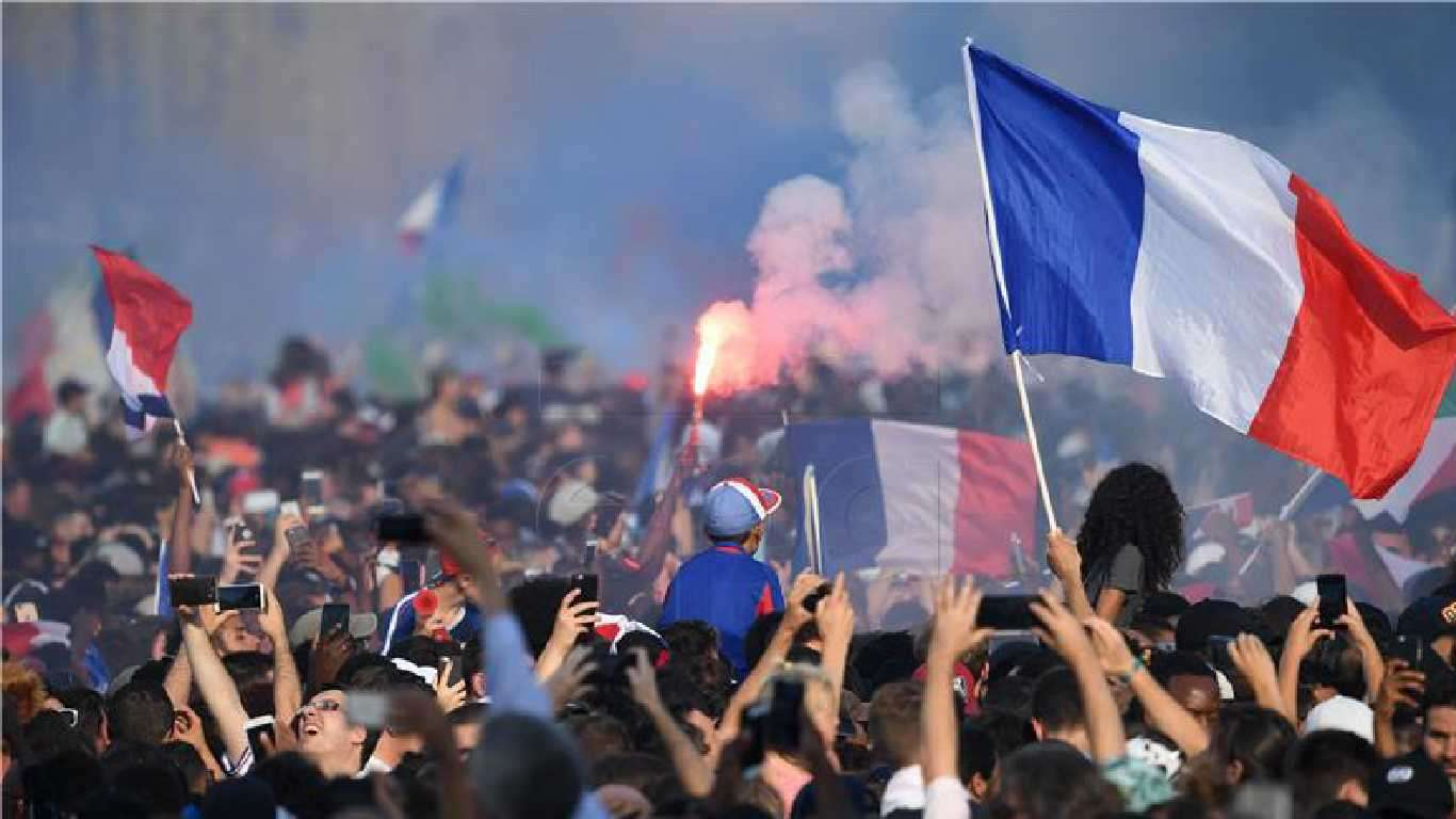Milijun navijača u Parizu